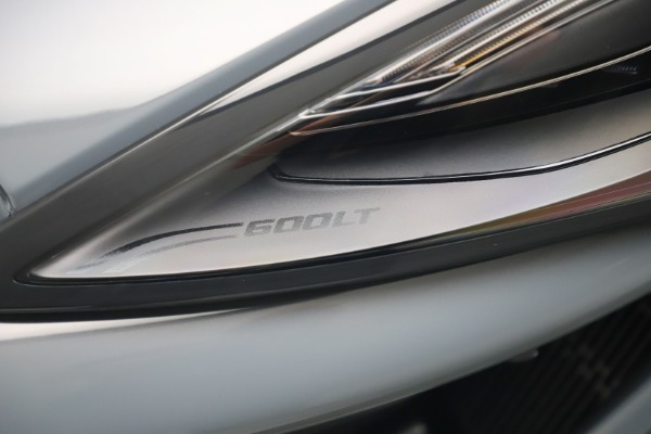 Used 2019 McLaren 600LT for sale $279,900 at Alfa Romeo of Greenwich in Greenwich CT 06830 14