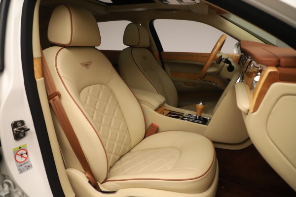Used 2016 Bentley Mulsanne for sale Sold at Alfa Romeo of Greenwich in Greenwich CT 06830 27