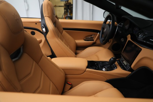 New 2019 Maserati GranTurismo Sport Convertible for sale $164,075 at Alfa Romeo of Greenwich in Greenwich CT 06830 21