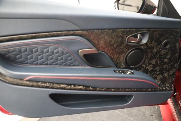 Used 2019 Aston Martin DBS Superleggera for sale $259,900 at Alfa Romeo of Greenwich in Greenwich CT 06830 17