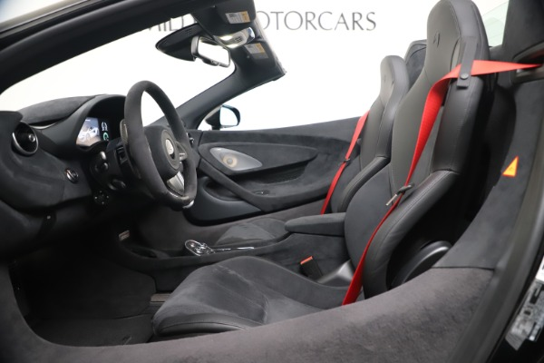 New 2020 McLaren 600LT SPIDER Convertible for sale $289,020 at Alfa Romeo of Greenwich in Greenwich CT 06830 19