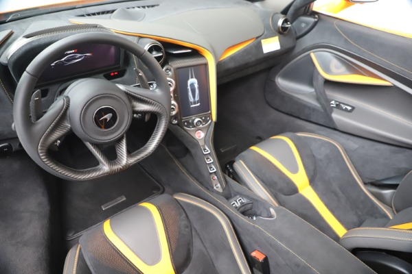 New 2020 McLaren 720S Spider Convertible for sale $374,440 at Alfa Romeo of Greenwich in Greenwich CT 06830 23