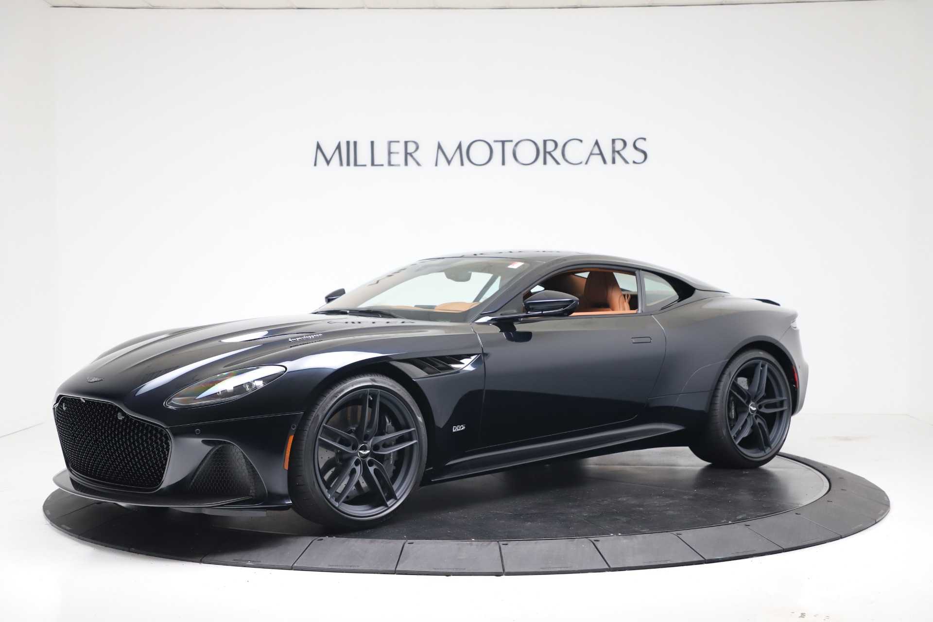 New 2020 Aston Martin DBS Superleggera Coupe for sale $371,006 at Alfa Romeo of Greenwich in Greenwich CT 06830 1