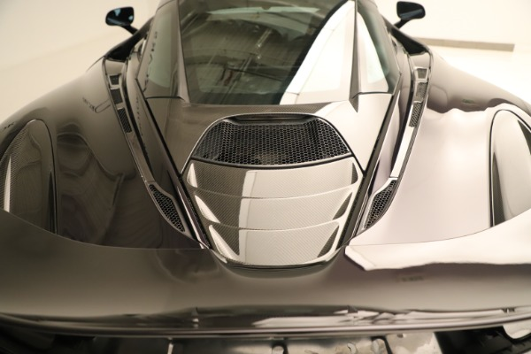 Used 2018 McLaren 720S Coupe for sale Sold at Alfa Romeo of Greenwich in Greenwich CT 06830 25