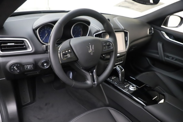 New 2019 Maserati Ghibli S Q4 for sale Sold at Alfa Romeo of Greenwich in Greenwich CT 06830 13