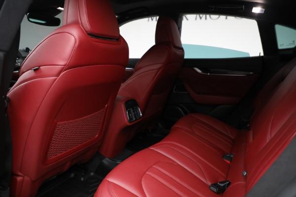 Used 2019 Maserati Levante Q4 GranSport for sale $69,900 at Alfa Romeo of Greenwich in Greenwich CT 06830 17