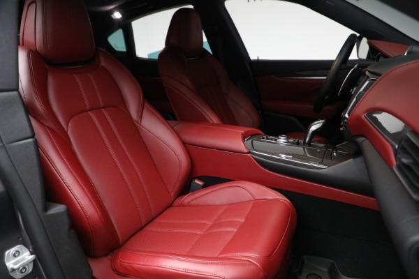 Used 2019 Maserati Levante Q4 GranSport for sale $69,900 at Alfa Romeo of Greenwich in Greenwich CT 06830 23