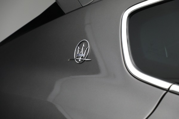 Used 2019 Maserati Levante Q4 GranSport for sale $69,900 at Alfa Romeo of Greenwich in Greenwich CT 06830 27