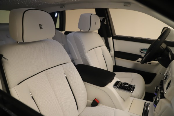 New 2020 Rolls-Royce Phantom for sale $545,200 at Alfa Romeo of Greenwich in Greenwich CT 06830 28