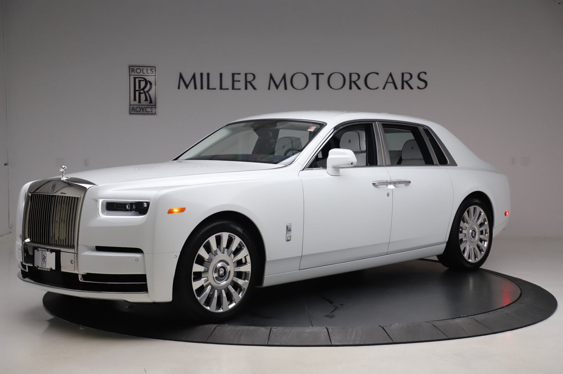 New 2020 Rolls-Royce Phantom for sale $545,200 at Alfa Romeo of Greenwich in Greenwich CT 06830 1