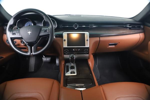 Used 2016 Maserati Quattroporte S Q4 for sale Sold at Alfa Romeo of Greenwich in Greenwich CT 06830 16