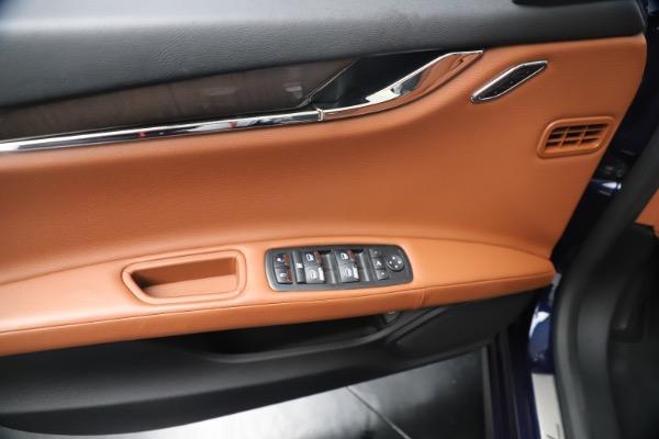 Used 2016 Maserati Quattroporte S Q4 for sale Sold at Alfa Romeo of Greenwich in Greenwich CT 06830 17