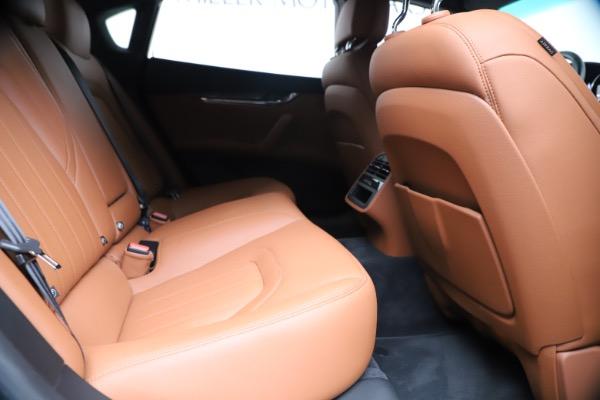 Used 2016 Maserati Quattroporte S Q4 for sale Sold at Alfa Romeo of Greenwich in Greenwich CT 06830 27