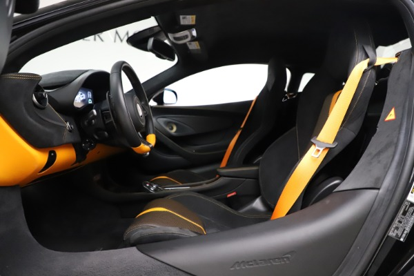 Used 2017 McLaren 570S Coupe for sale $161,900 at Alfa Romeo of Greenwich in Greenwich CT 06830 17