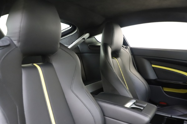 Used 2015 Aston Martin V12 Vantage S Coupe for sale $104,900 at Alfa Romeo of Greenwich in Greenwich CT 06830 17