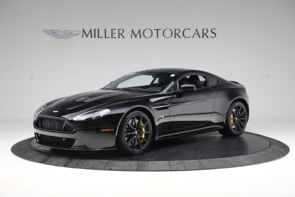 Used 2015 Aston Martin V12 Vantage S Coupe for sale $104,900 at Alfa Romeo of Greenwich in Greenwich CT 06830 1