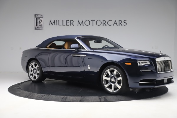 Used 2017 Rolls-Royce Dawn for sale Sold at Alfa Romeo of Greenwich in Greenwich CT 06830 17