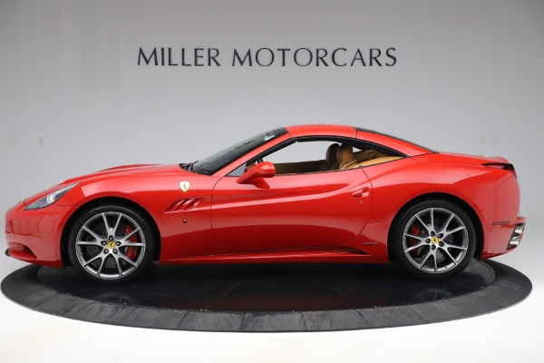 Used 2013 Ferrari California 30 for sale $116,900 at Alfa Romeo of Greenwich in Greenwich CT 06830 14