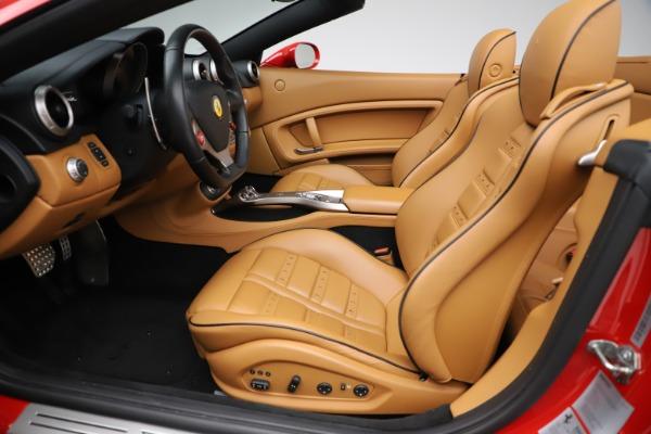 Used 2013 Ferrari California 30 for sale $116,900 at Alfa Romeo of Greenwich in Greenwich CT 06830 20