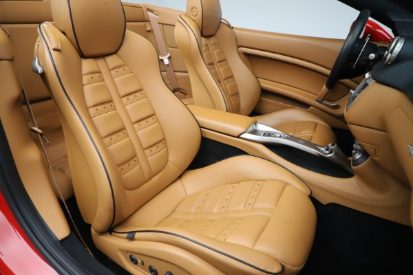 Used 2013 Ferrari California 30 for sale $116,900 at Alfa Romeo of Greenwich in Greenwich CT 06830 26
