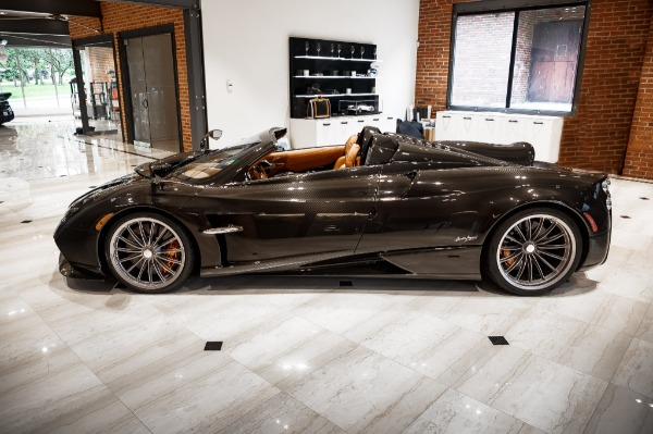 Used 2017 Pagani Huayra Roadster Roadster for sale Call for price at Alfa Romeo of Greenwich in Greenwich CT 06830 2