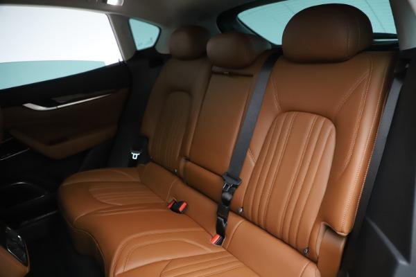 New 2019 Maserati Levante Q4 GranLusso for sale $89,550 at Alfa Romeo of Greenwich in Greenwich CT 06830 16