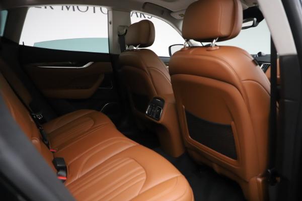 New 2019 Maserati Levante Q4 GranLusso for sale $89,550 at Alfa Romeo of Greenwich in Greenwich CT 06830 22