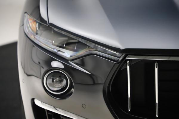 New 2019 Maserati Levante Q4 GranLusso for sale $89,550 at Alfa Romeo of Greenwich in Greenwich CT 06830 27