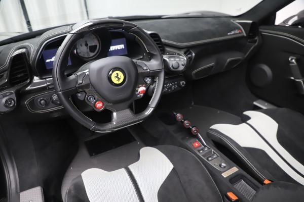 Used 2015 Ferrari 458 Speciale Aperta for sale $635,900 at Alfa Romeo of Greenwich in Greenwich CT 06830 20