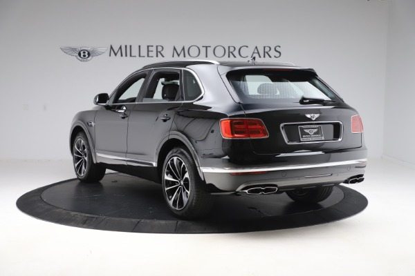 New 2020 Bentley Bentayga V8 for sale $202,735 at Alfa Romeo of Greenwich in Greenwich CT 06830 5