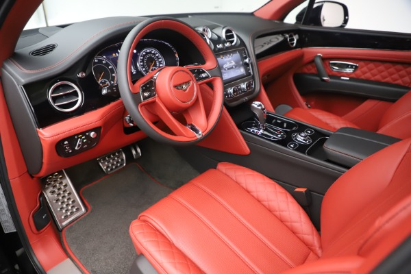 New 2020 Bentley Bentayga V8 for sale Sold at Alfa Romeo of Greenwich in Greenwich CT 06830 18