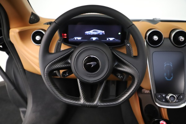 New 2020 McLaren GT Coupe for sale $245,975 at Alfa Romeo of Greenwich in Greenwich CT 06830 23