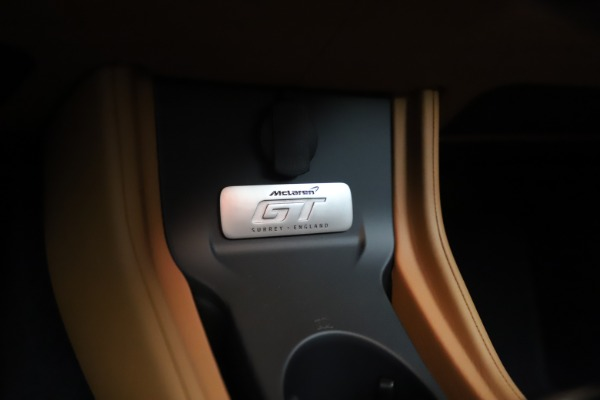 New 2020 McLaren GT Coupe for sale $245,975 at Alfa Romeo of Greenwich in Greenwich CT 06830 28