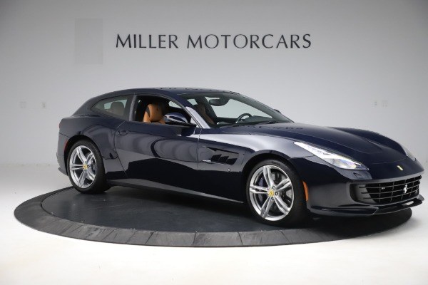Used 2017 Ferrari GTC4Lusso for sale Sold at Alfa Romeo of Greenwich in Greenwich CT 06830 10