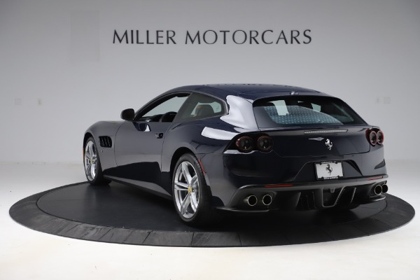 Used 2017 Ferrari GTC4Lusso for sale $221,900 at Alfa Romeo of Greenwich in Greenwich CT 06830 5