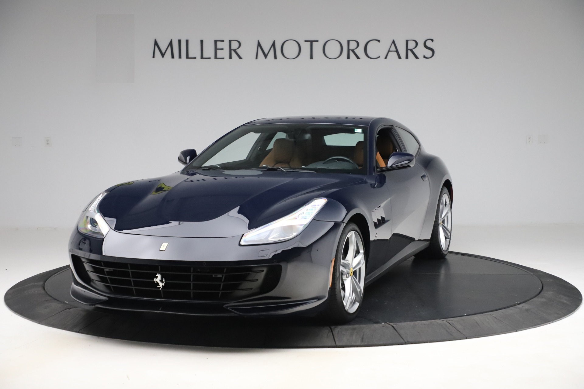 Used 2017 Ferrari GTC4Lusso for sale $221,900 at Alfa Romeo of Greenwich in Greenwich CT 06830 1