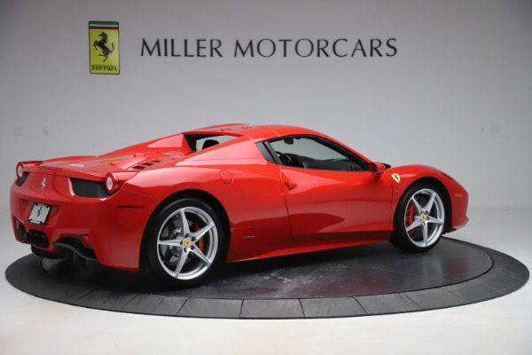 Used 2015 Ferrari 458 Spider for sale $235,900 at Alfa Romeo of Greenwich in Greenwich CT 06830 17