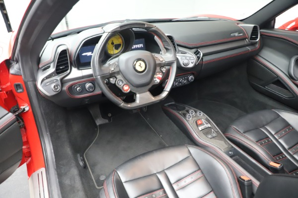 Used 2015 Ferrari 458 Spider for sale $235,900 at Alfa Romeo of Greenwich in Greenwich CT 06830 20
