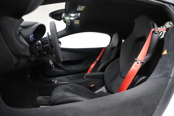 Used 2019 McLaren 600LT Coupe for sale Sold at Alfa Romeo of Greenwich in Greenwich CT 06830 17