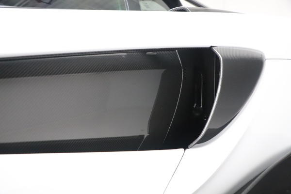 Used 2019 McLaren 600LT Coupe for sale Sold at Alfa Romeo of Greenwich in Greenwich CT 06830 25