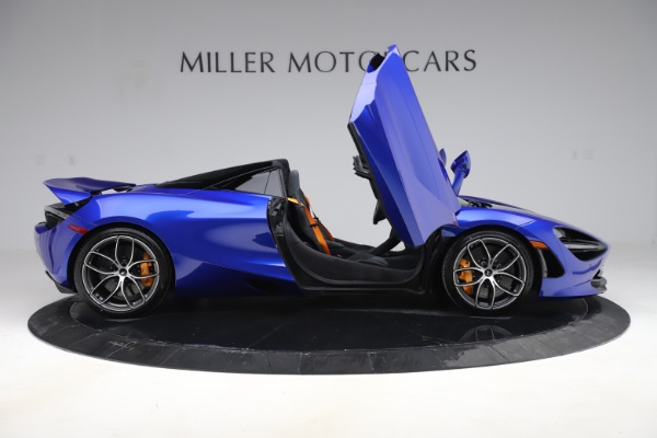 New 2020 McLaren 720S Spider Convertible for sale $364,090 at Alfa Romeo of Greenwich in Greenwich CT 06830 15