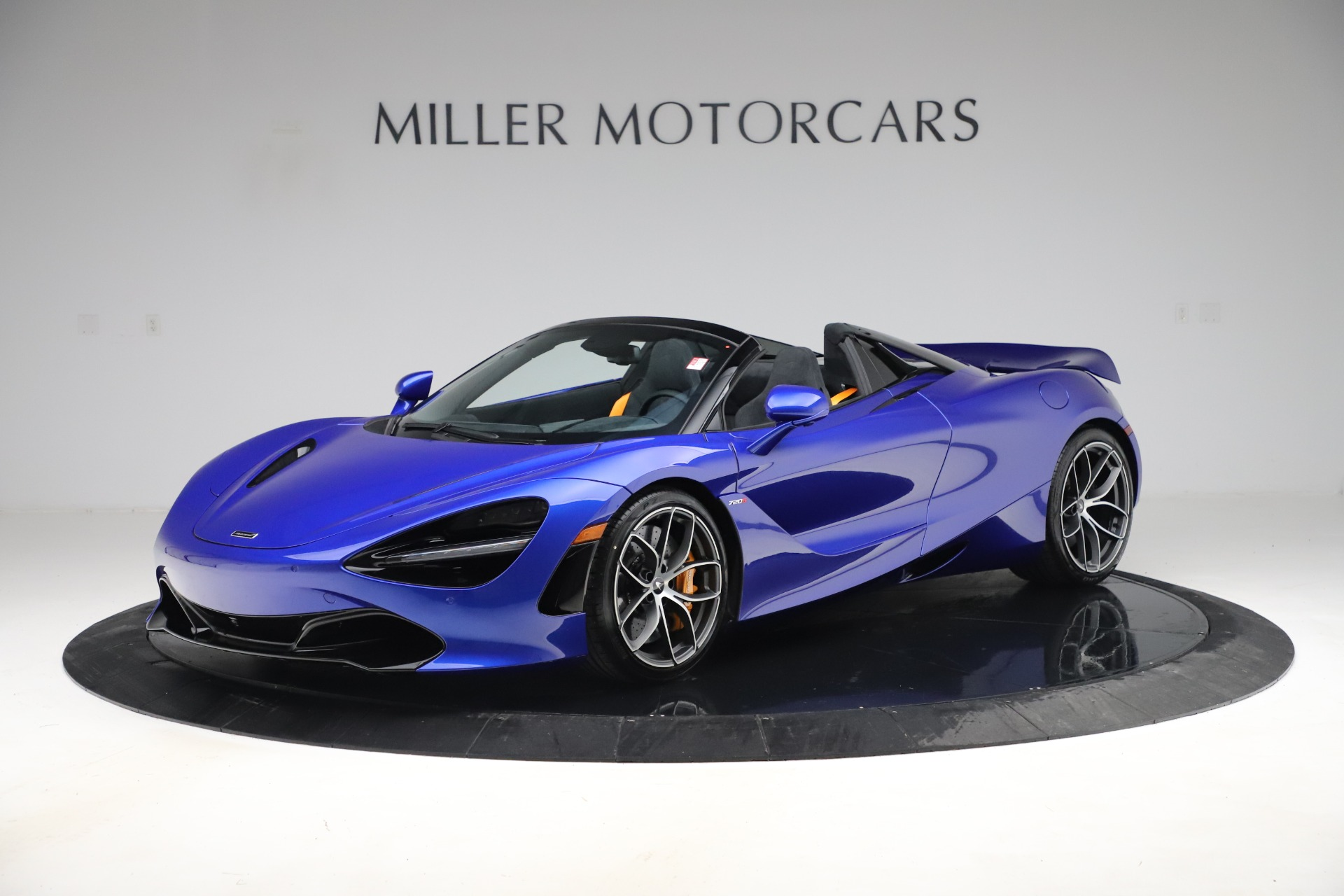 New 2020 McLaren 720S Spider Convertible for sale $364,090 at Alfa Romeo of Greenwich in Greenwich CT 06830 1
