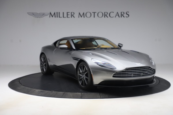 Used 2017 Aston Martin DB11 V12 Coupe for sale $149,990 at Alfa Romeo of Greenwich in Greenwich CT 06830 10