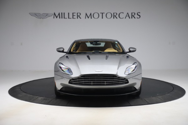 Used 2017 Aston Martin DB11 V12 Coupe for sale $149,990 at Alfa Romeo of Greenwich in Greenwich CT 06830 11