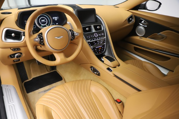 Used 2017 Aston Martin DB11 V12 Coupe for sale $149,990 at Alfa Romeo of Greenwich in Greenwich CT 06830 14