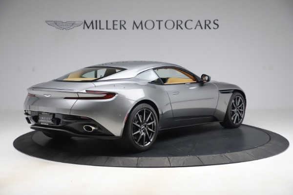Used 2017 Aston Martin DB11 V12 Coupe for sale $149,990 at Alfa Romeo of Greenwich in Greenwich CT 06830 7