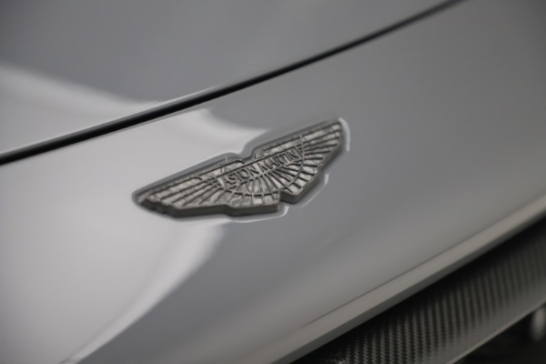 Used 2020 Aston Martin Vantage AMR Coupe for sale $169,990 at Alfa Romeo of Greenwich in Greenwich CT 06830 24