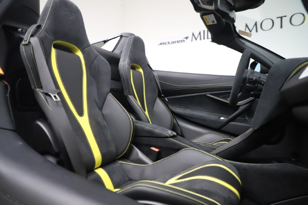 Used 2020 McLaren 720S Spider Convertible for sale Sold at Alfa Romeo of Greenwich in Greenwich CT 06830 26