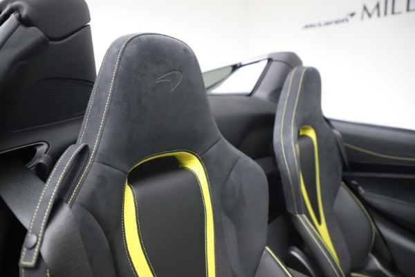Used 2020 McLaren 720S Spider Convertible for sale Sold at Alfa Romeo of Greenwich in Greenwich CT 06830 27