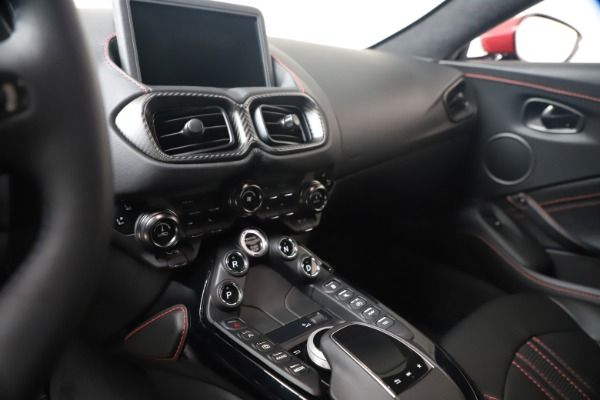 New 2020 Aston Martin Vantage Coupe for sale $195,459 at Alfa Romeo of Greenwich in Greenwich CT 06830 20